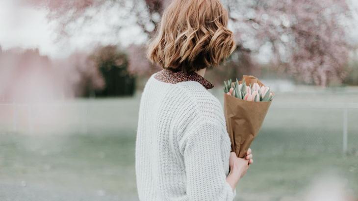 ホワイトデーのお返しは花ギフト+プチプレゼント!絶対に喜ばれるギフト特集